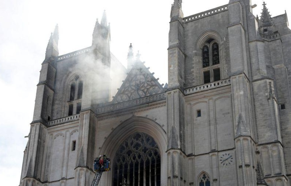 French police release cathedral fire suspect