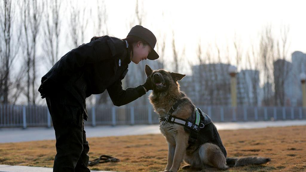 China sets Jan. 10 for national police day
