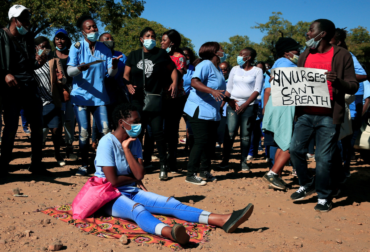 Zimbabwe tightens lockdown restrictions after COVID-19 spike