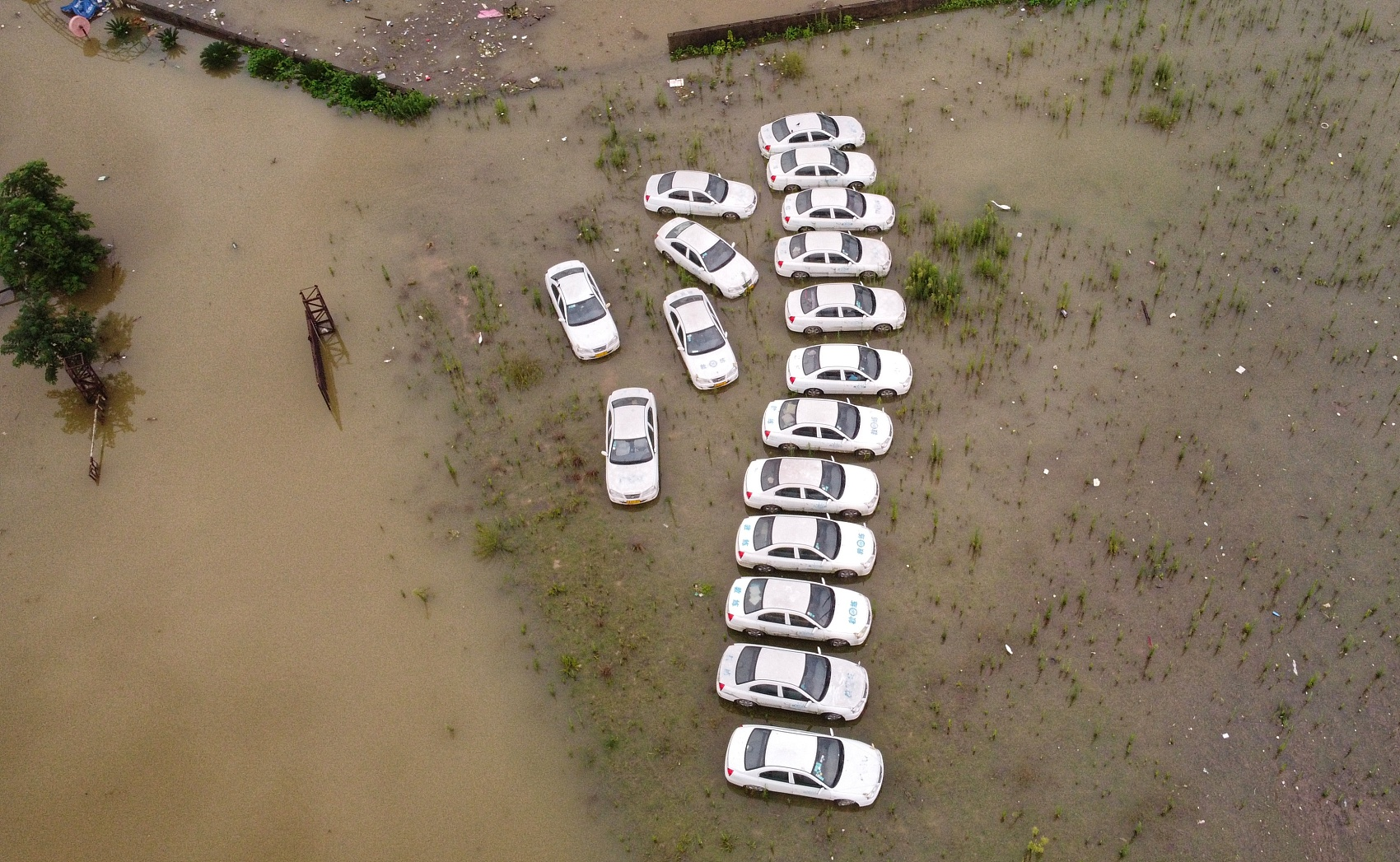Floods cause fewer deaths, less damage in China