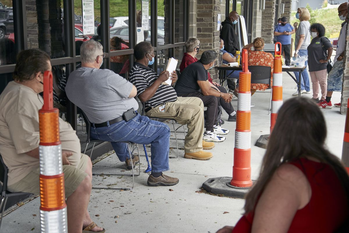 US jobless claims rise last week for first time since March