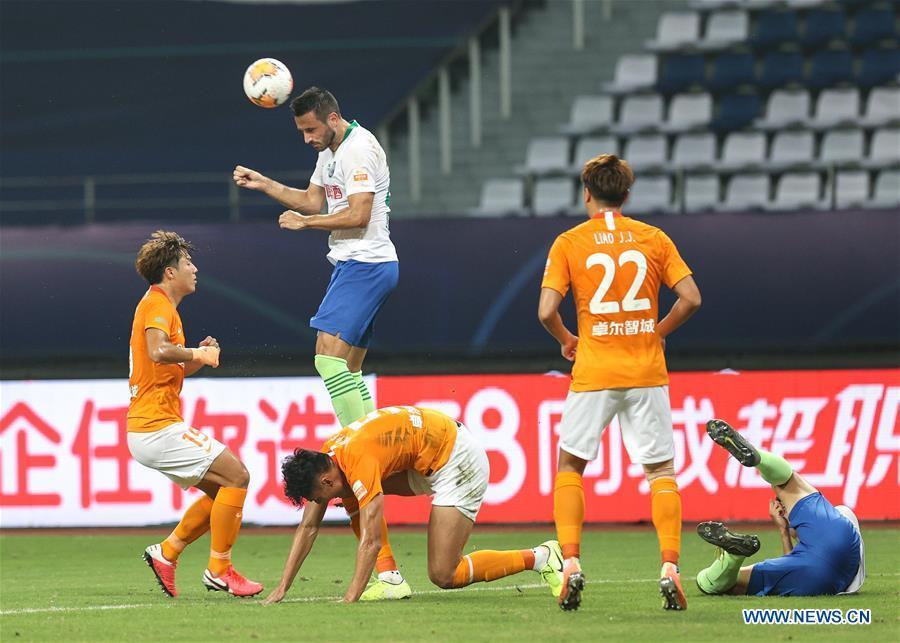 Wuhan Zall defeat Qingdao Huanghai 2-0 in Chinese Super League