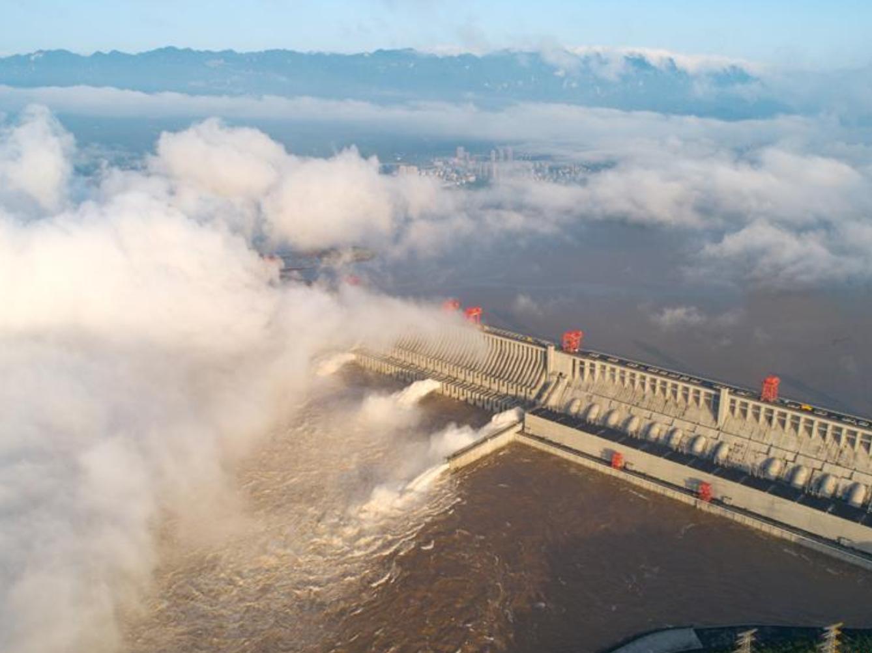 Three Gorges Dam mitigates Yangtze River's No. 3 flood