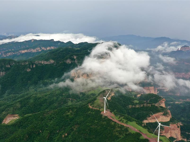 Scenery of Taihang Mountains in north China's Hebei