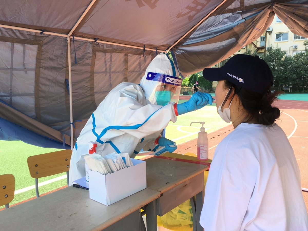 In Dalian, many of those infected are young: official