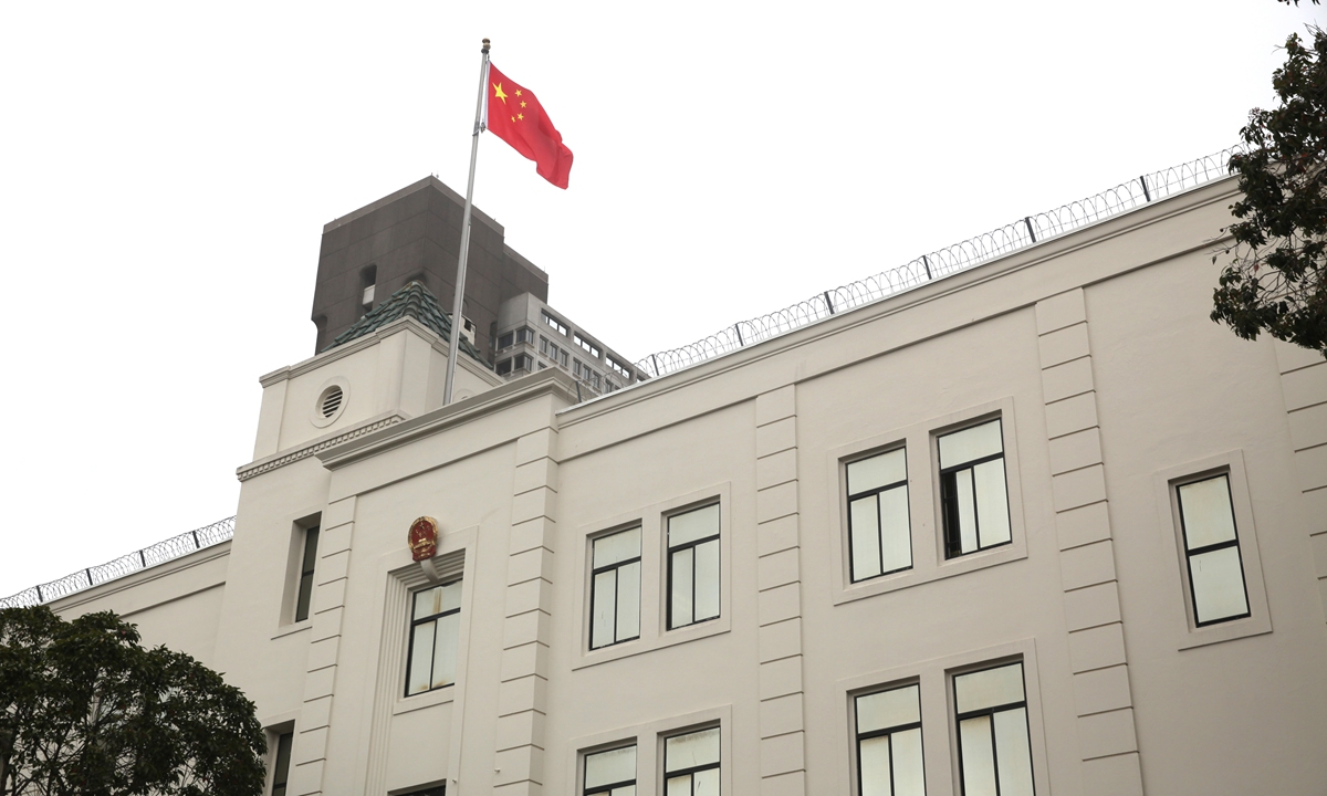 Chinese diplomats overseas counter the bashing, slander by US counterparts