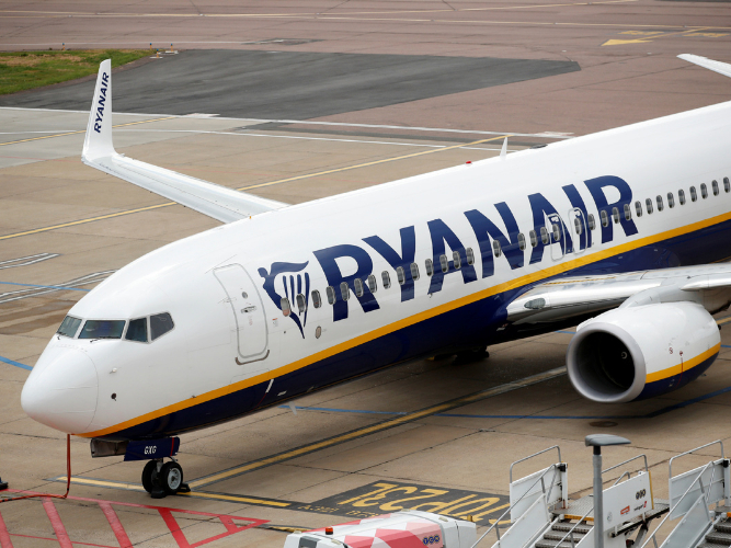 Ryanair expects to buy 737 MAX jets from Boeing