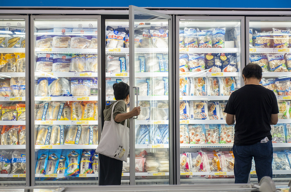 Beijing inspects refrigerated food storehouses as COVID-19 precaution