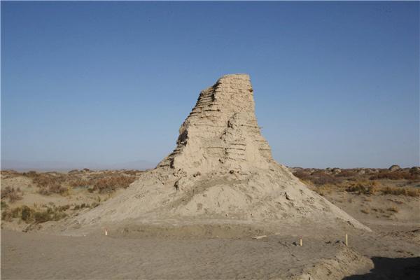Xinjiang beacon tower excavation reveals garrison life 1,200 years ago