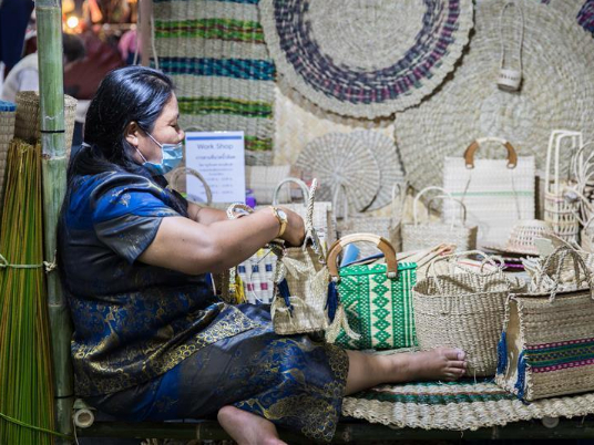 'Heart Tied by Arts and Crafts, A New Way of the Handicraft Arts under the Royal Patronage' event held in Bangkok