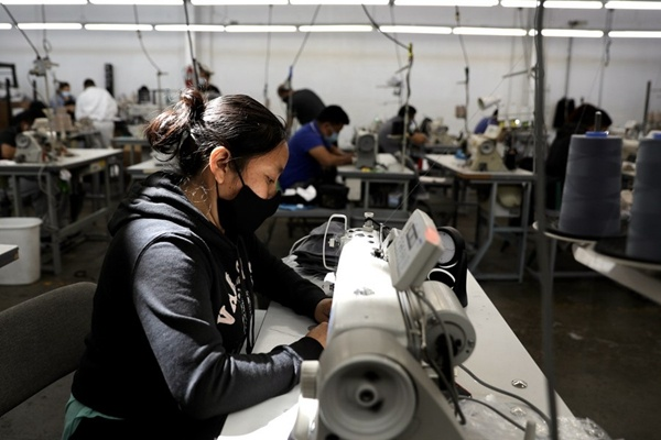 US manufacturing activity expands in July