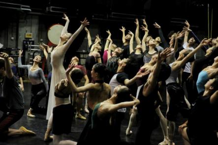 National Ballet of China returns to stage after coronavirus shutdown