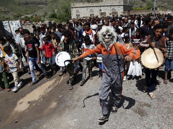 Yemeni villagers celebrate Eid al-Adha festival at Shirah