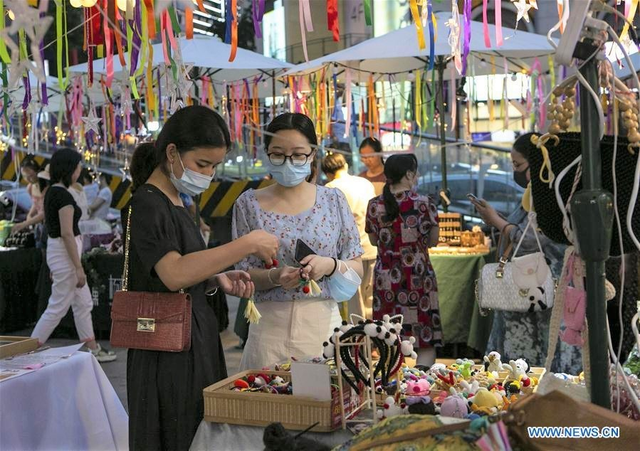 China's consumption expected to expand in July: analysts