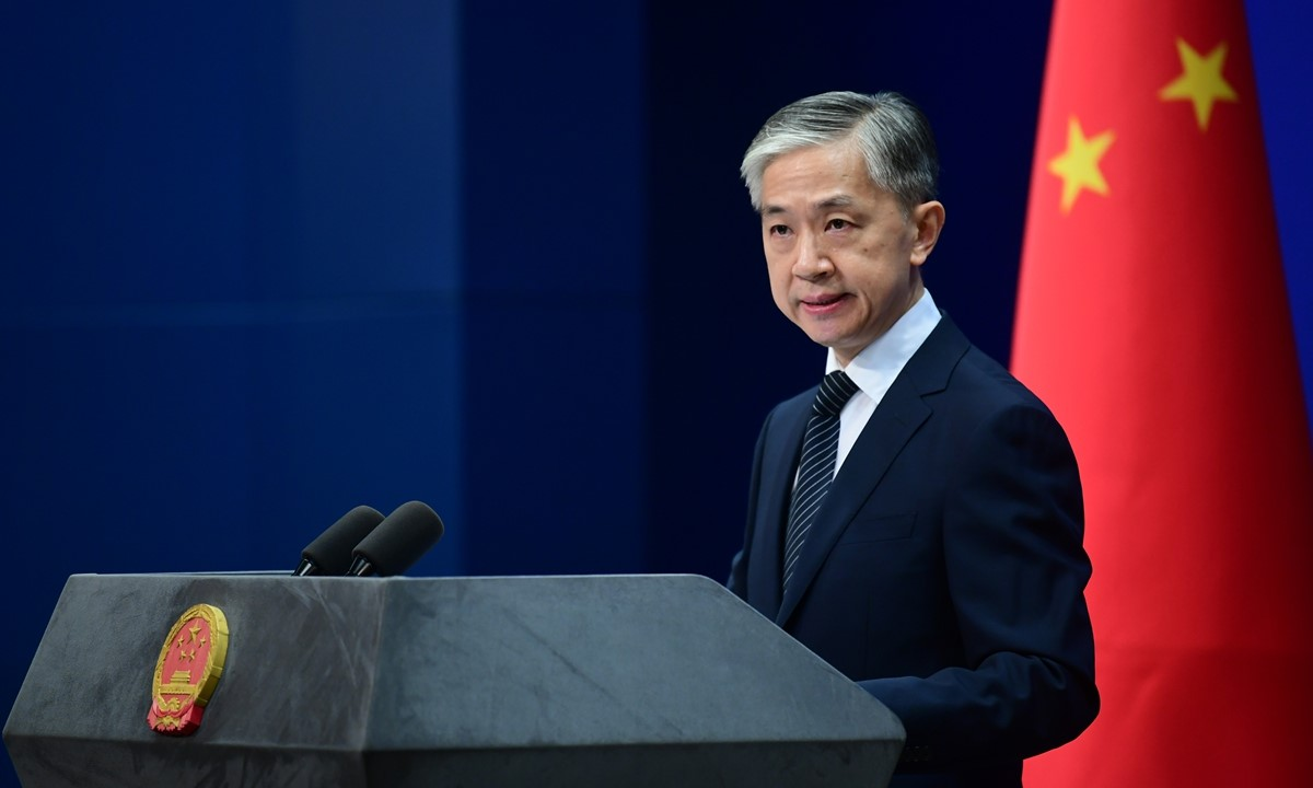 China urges the US to immediately correct its mistakes in suppressing Chinese journalists