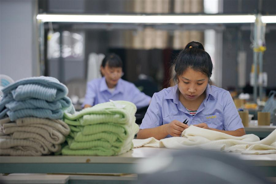 Cashmere product manufacturers step up production to meet market demands