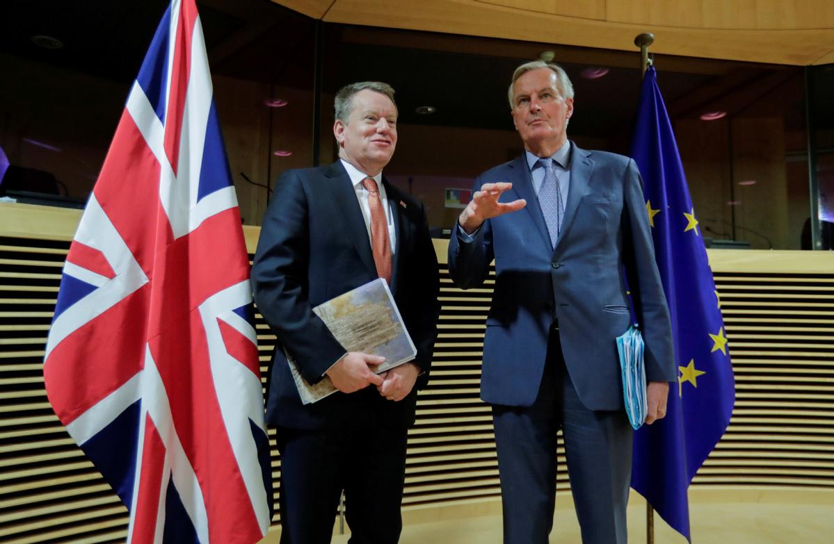 UK seeks to ward off Brexit port gridlock