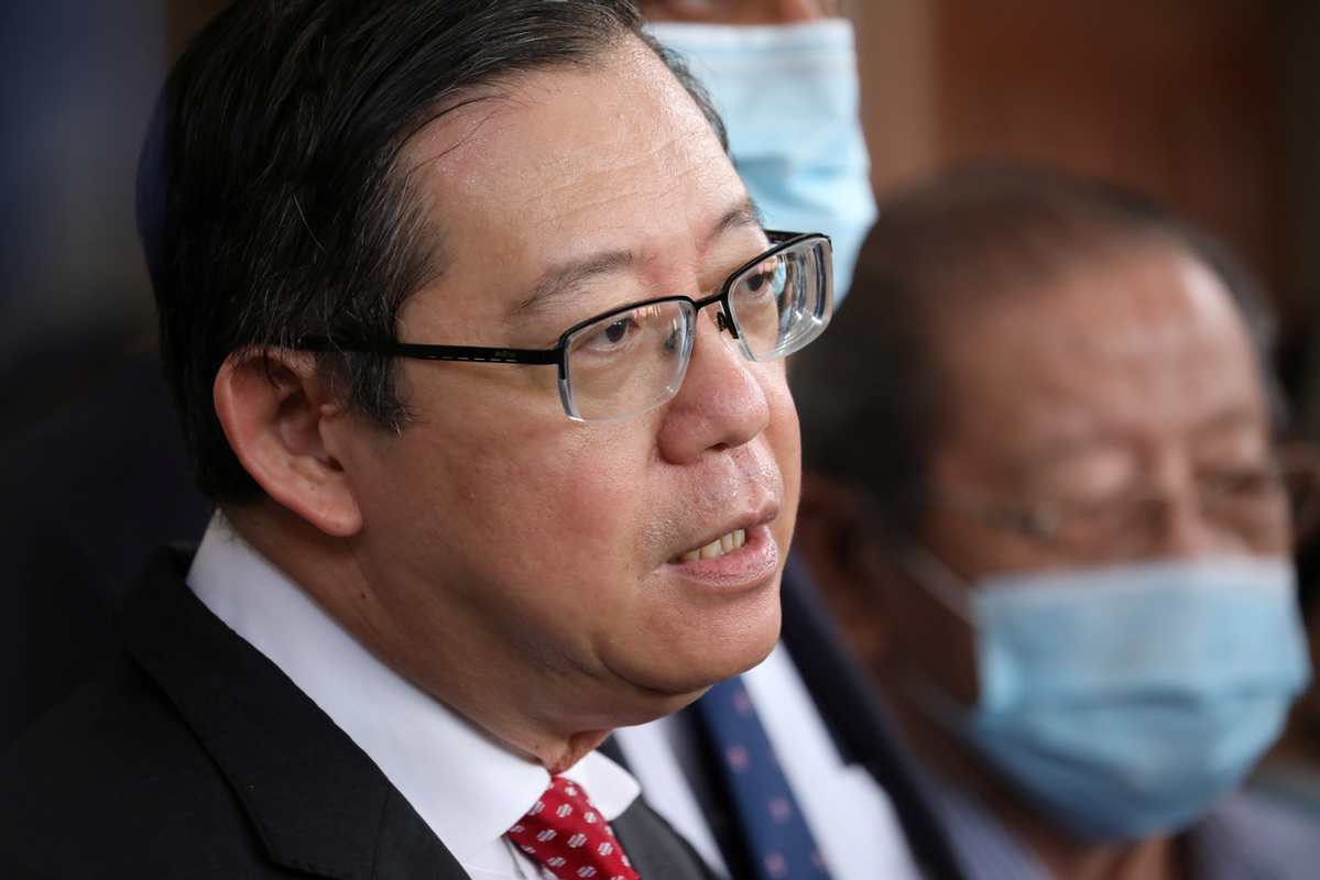 Former Malaysian finance minister slapped with corruption charge