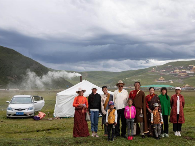 Jinma nomadic cultural festival held in Sertar County, SW China