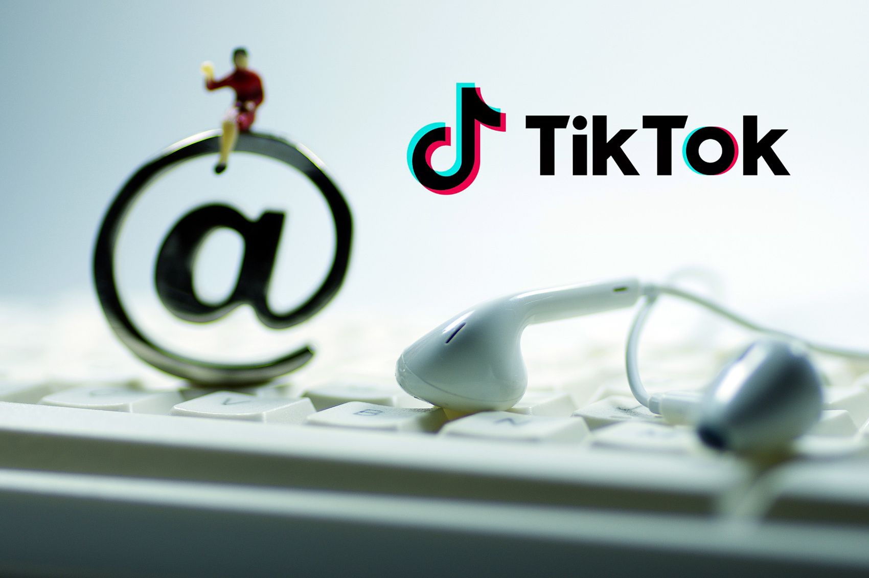 CIA: 'No evidence' showing China has intercepted data from TikTok