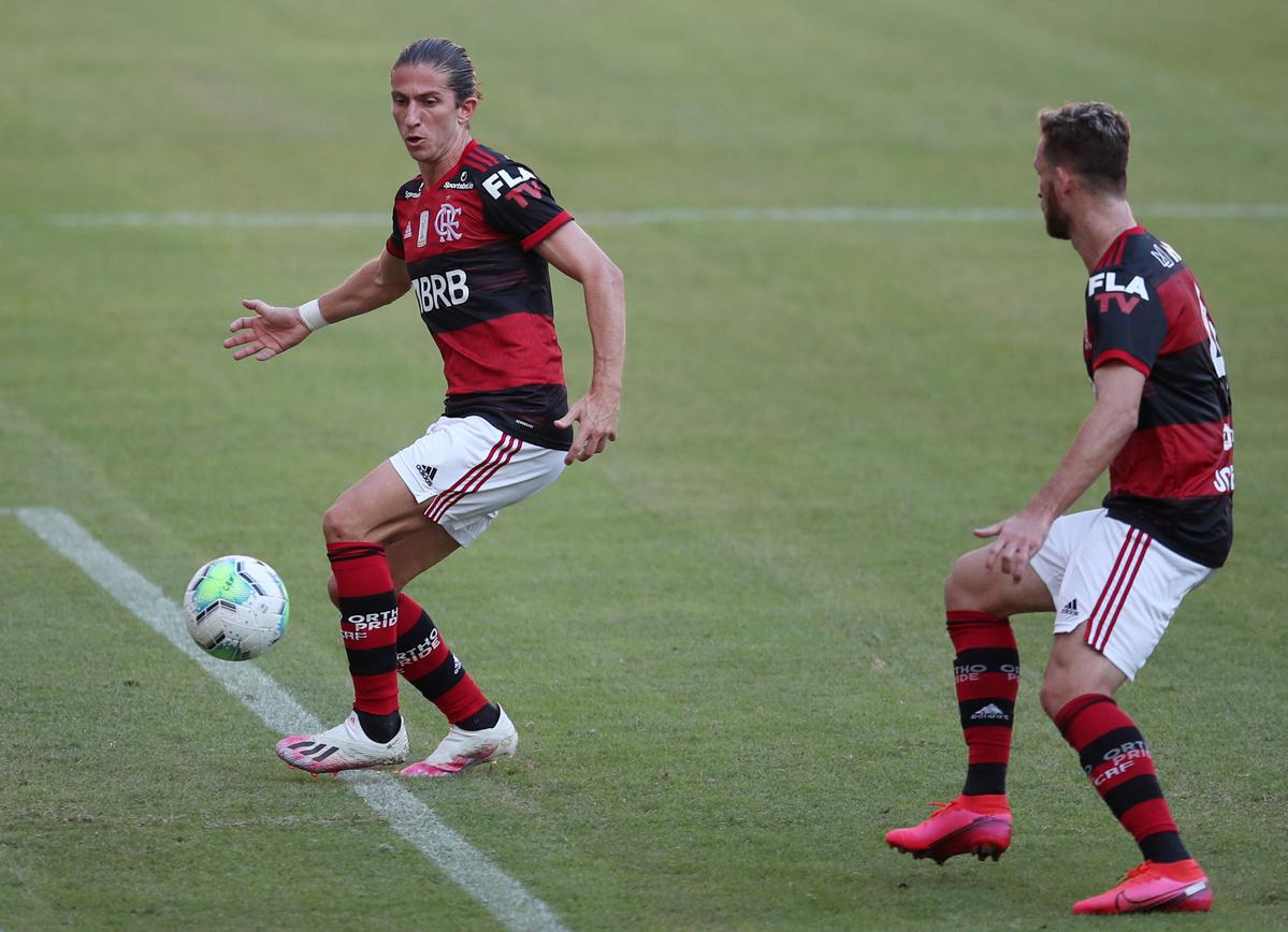Atletico Mineiro shock defending champions Flamengo in season opener