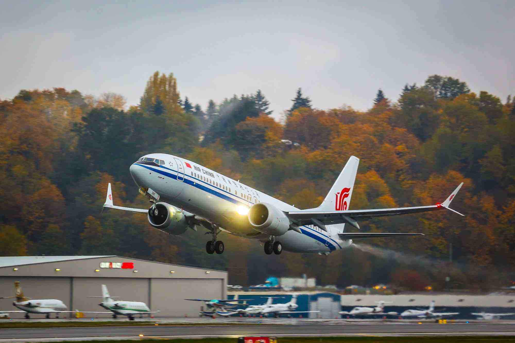 China sees recovering air travel demands