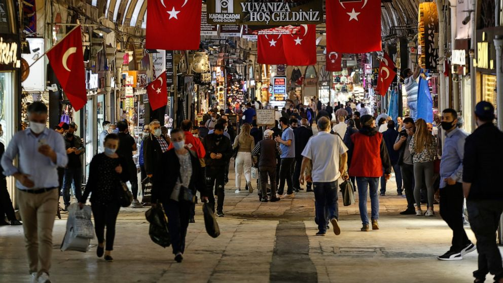 Turkey reports 1,183 new COVID-19 cases, 243,180, in total