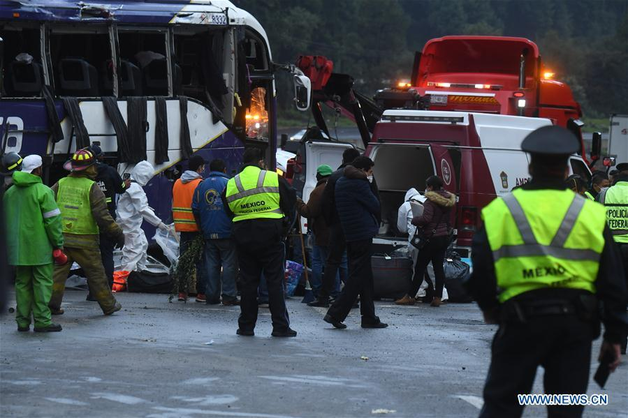 At least 13 killed, 24 injured in bus crash in Mexico