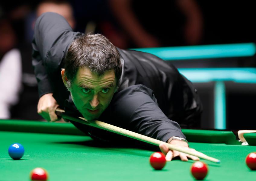 O'Sullivan fights back to reach Snooker World Championship semis