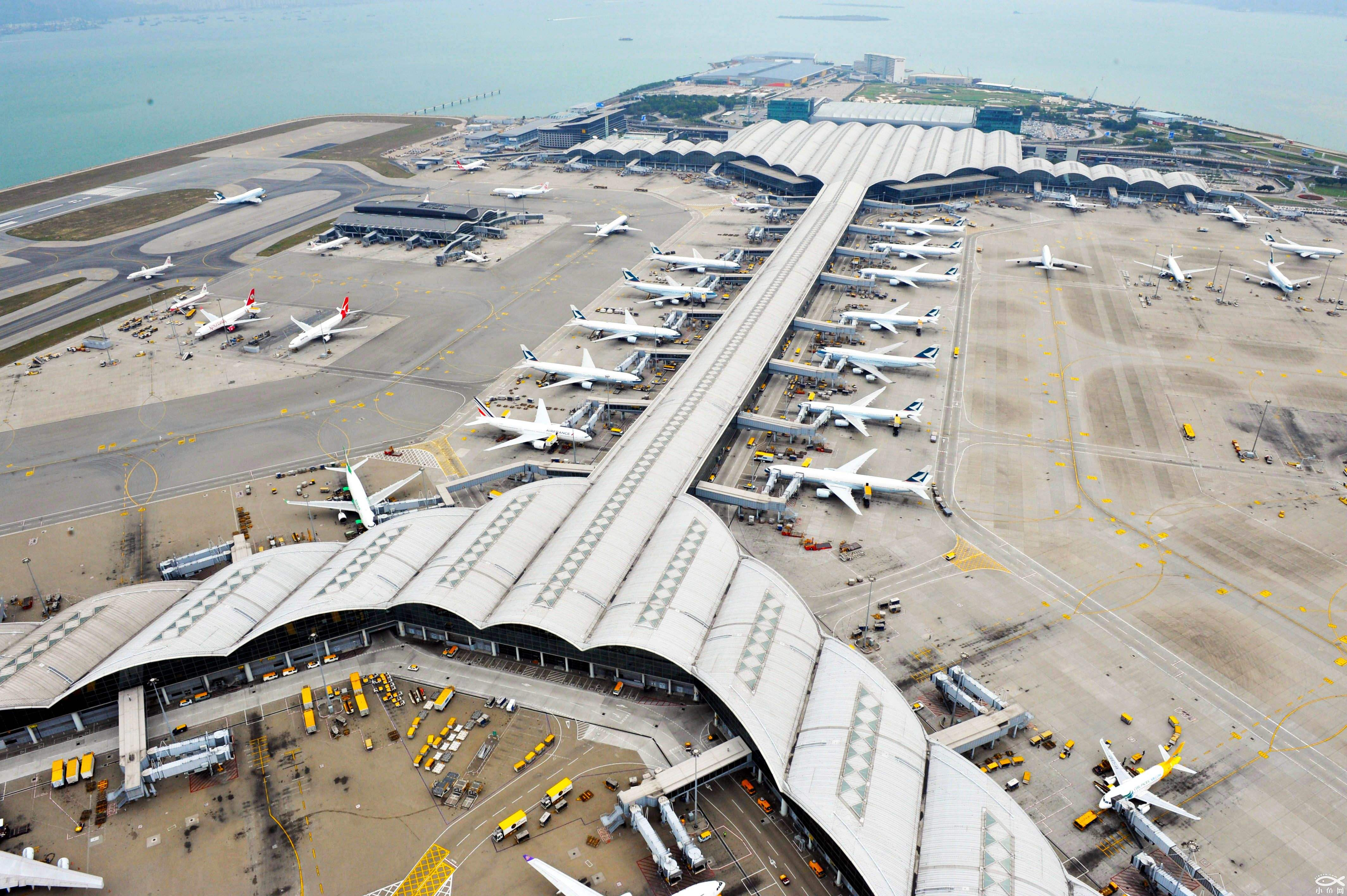 Hong Kong airport to resume transits from mainland to elsewhere
