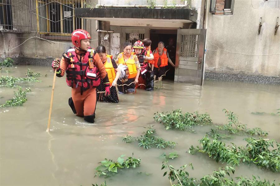 Heavy rain wreaks havoc in Sichuan