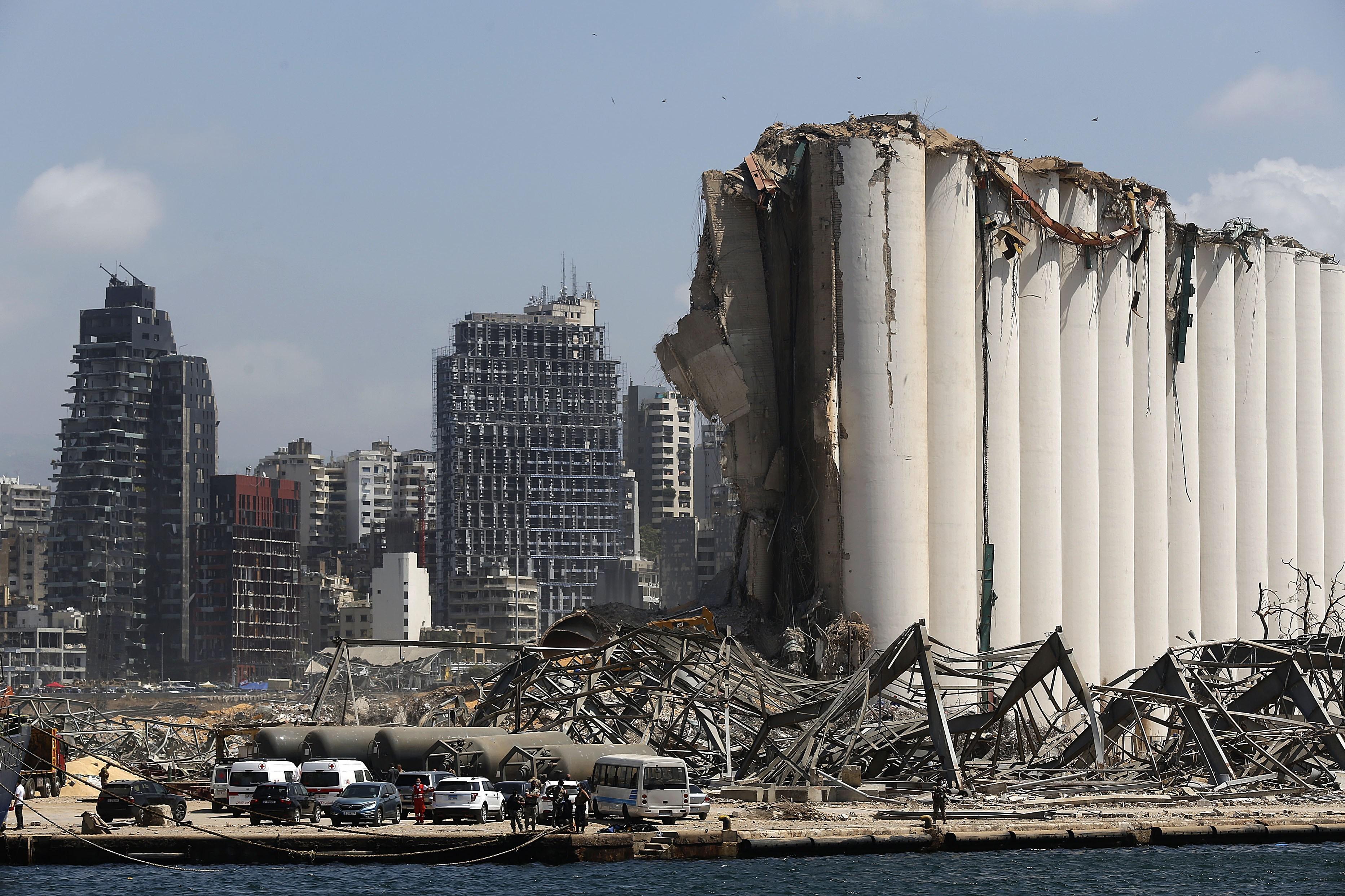 Lebanon lawmakers debate emergency imposed after blast