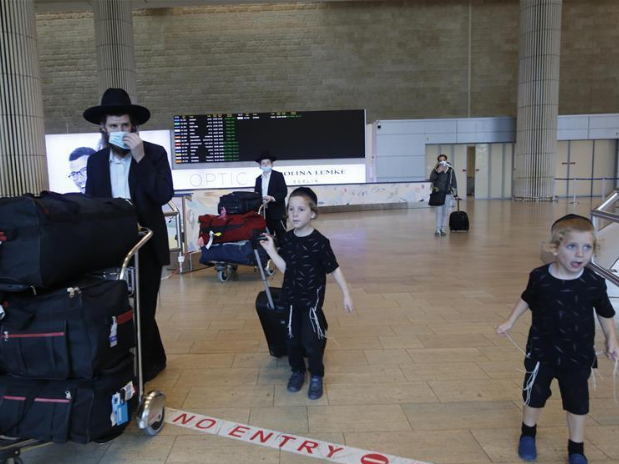 Israel reports 1,671 new COVID-19 cases, 89,822 in total