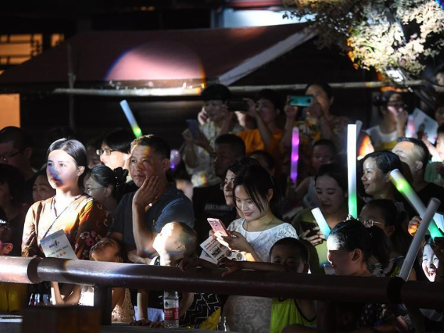Various events held in Tangqi ancient town to enrich people's leisure time, boost local economy