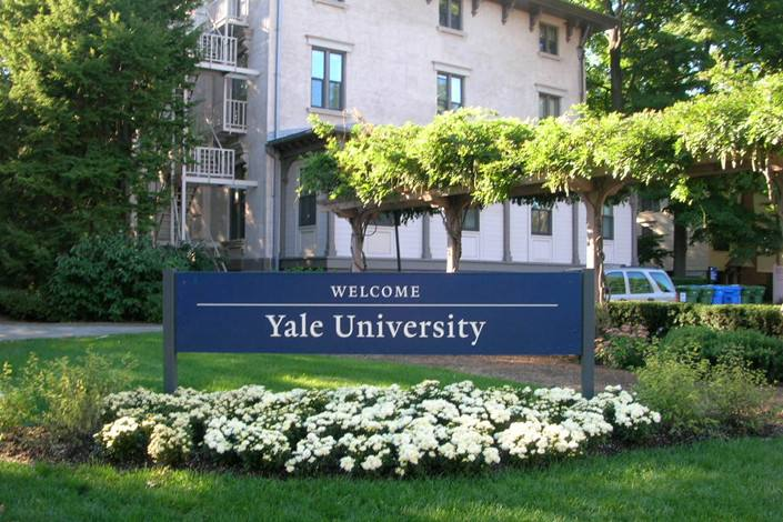 US Justice Department accuses Yale of discrimination in admissions