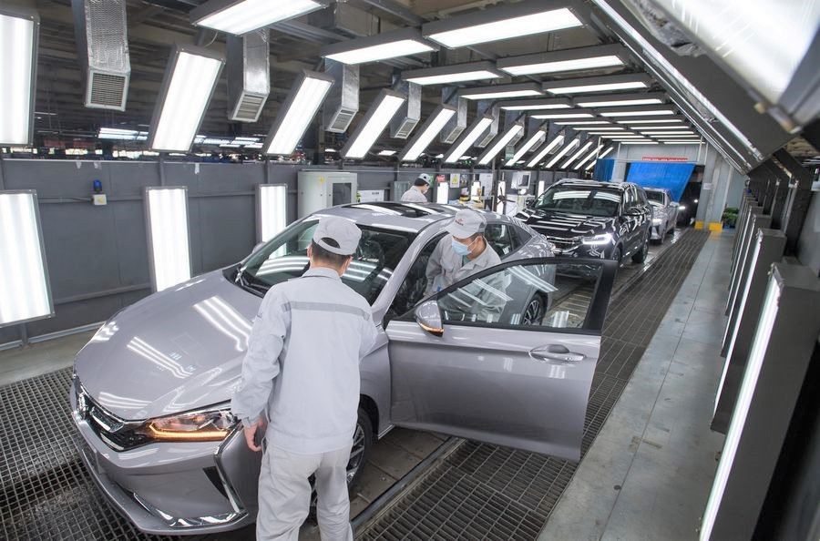 Private firms sustain economic momentum in Hubei