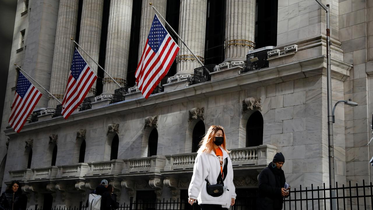 Chinese startups flock to US for IPOs this year: WSJ