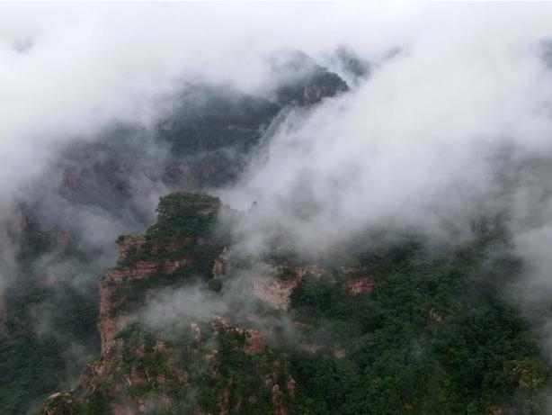 Scenery of Zijin Mountain scenic spot in Xingtai, Hebei