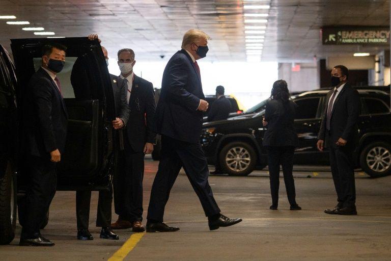Trump visits ill brother at New York hospital