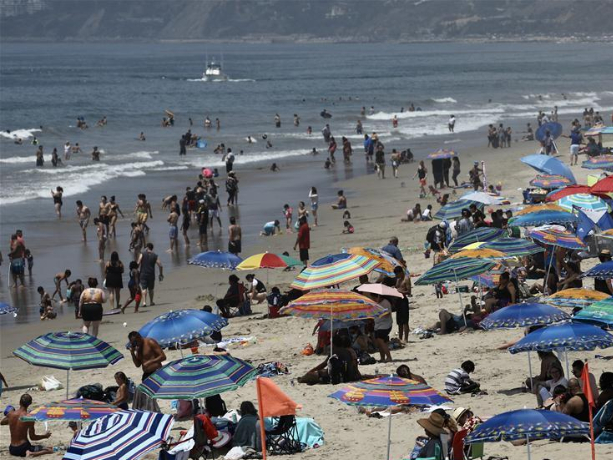 Heat wave hits US state of California