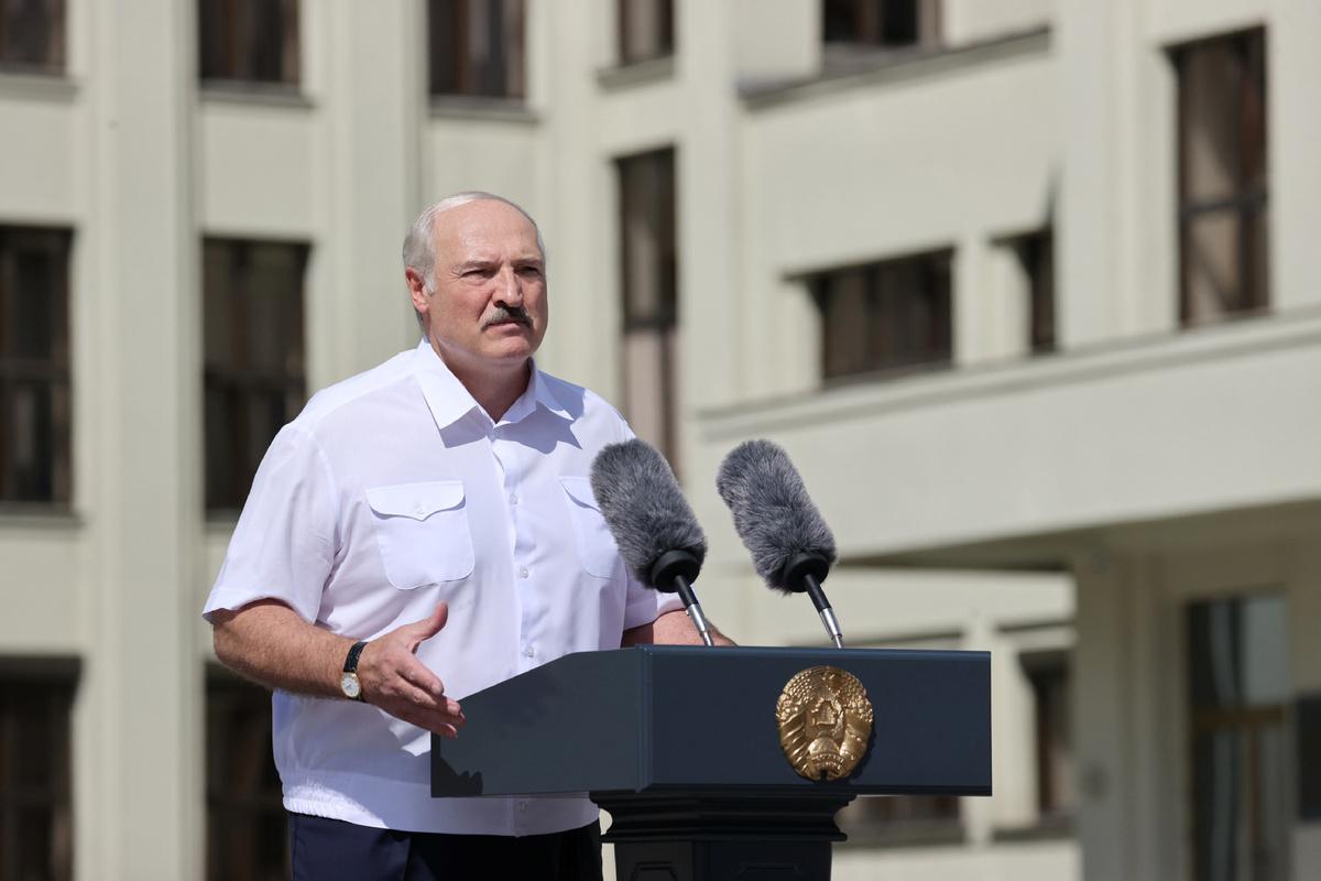Belarus president says Putin ready to help ensure security