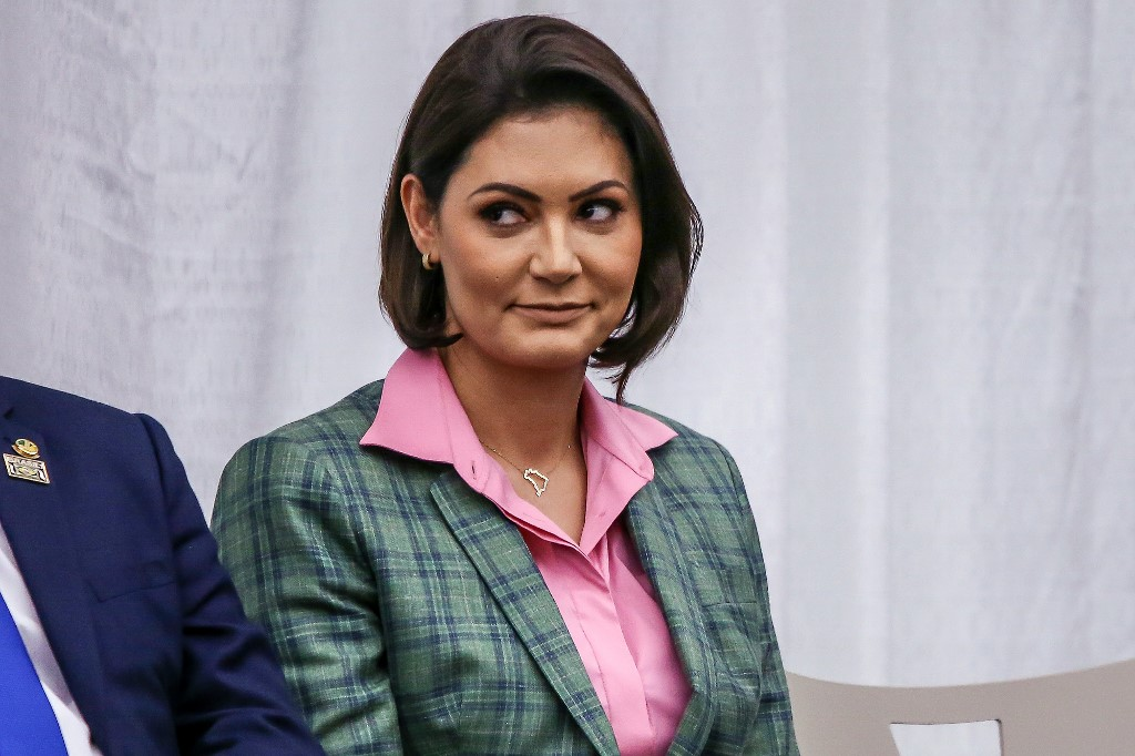 Brazil's first lady recovers from COVID-19