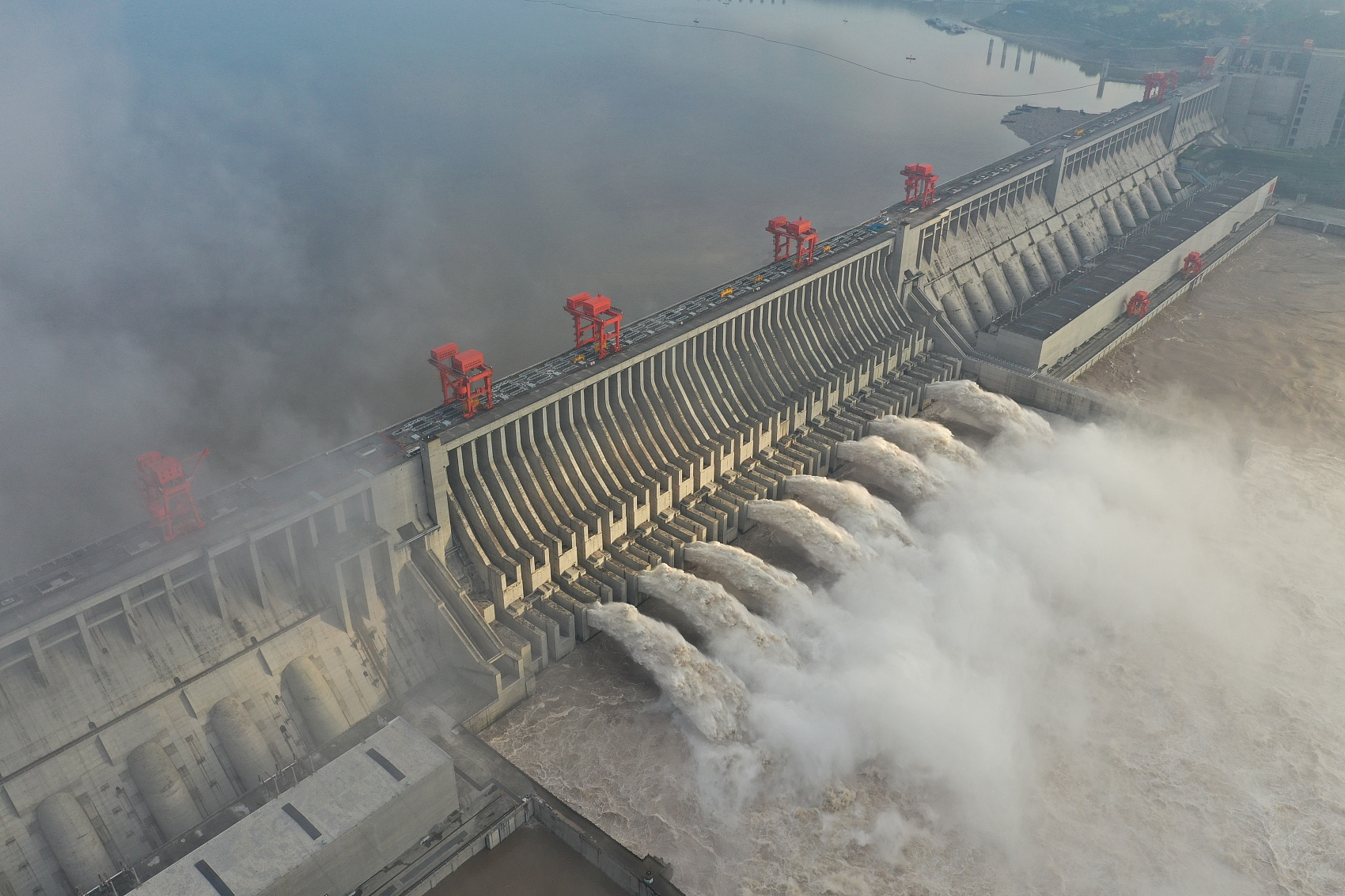 Three Gorges reservoir facing largest flood peak in its history