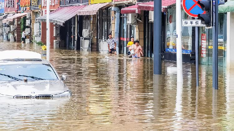 China's Sichuan raises flood response to highest level