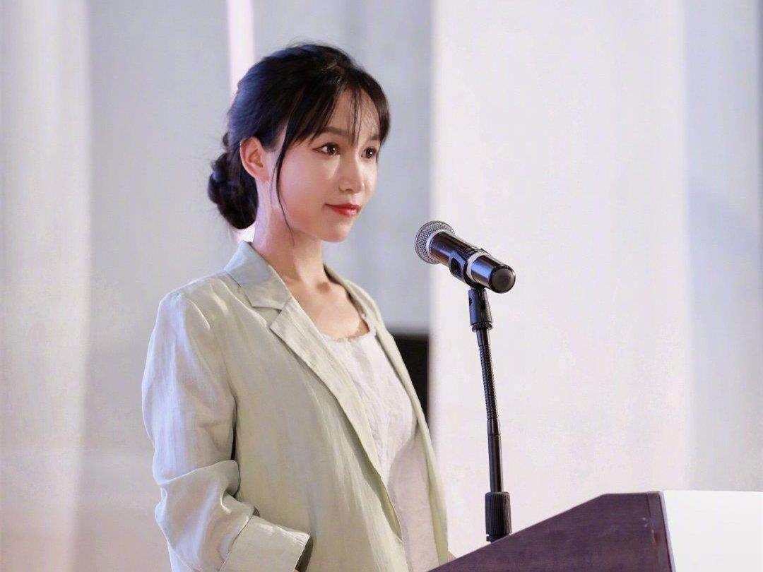 李子柒_副本.jpg
