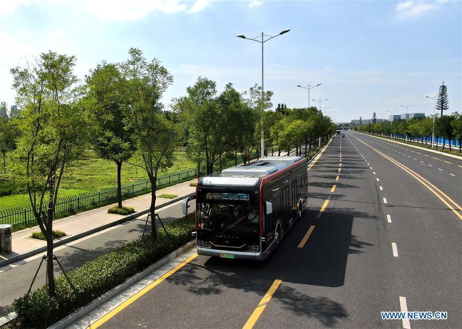 Self-driving bus of autopilot bus line 1 in Henan