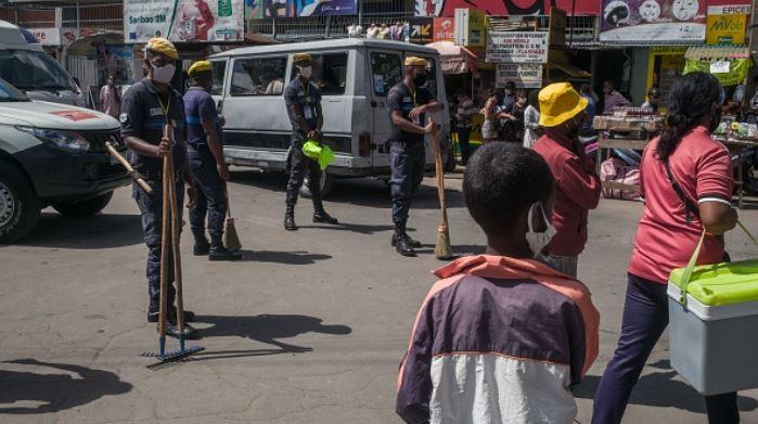 China donates medical equipment to Madagascar