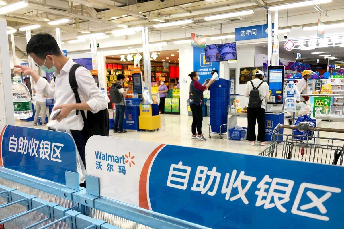 Walmart bullish as online sales increase in China