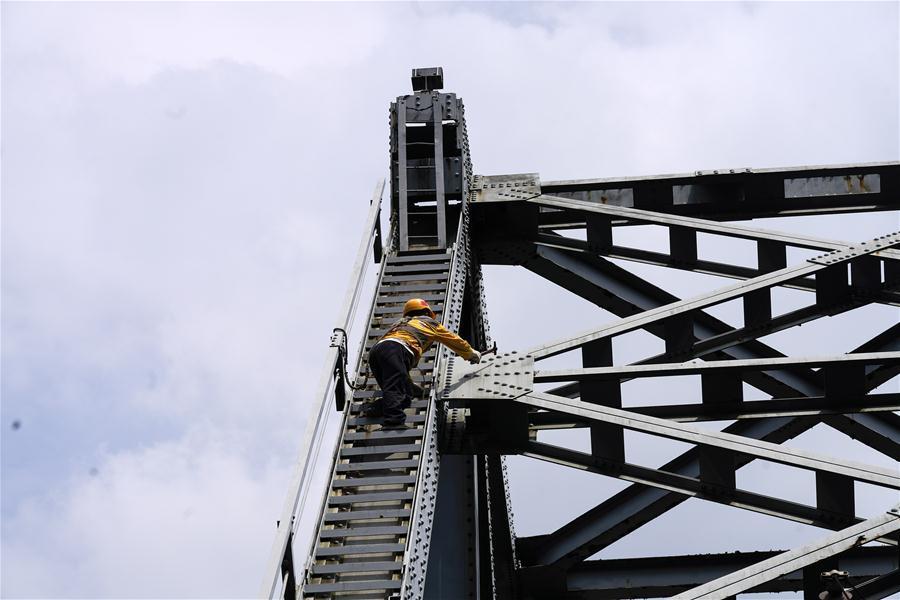 Chongqing strengthens bridge maintenance