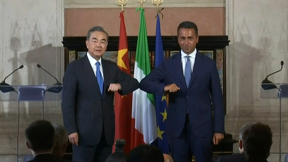 Chinese FM calls for joint efforts with Italy in planning future development of ties